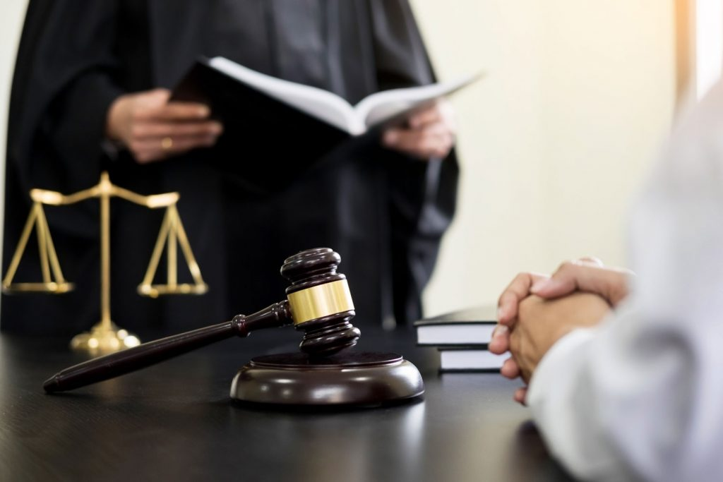 sentencia judicial por cobro de atrasos